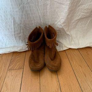 Minnetonka Back Zip Hardsole Boot